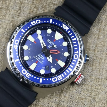 Seiko Prospex PADI Collaboration Kinetic GMT 200m Air Divers SUN065P1 b7a96568a